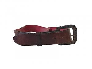 Cinturón de cuero, hecho por Carlos Téllez