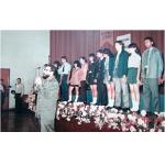 Presentación de prototipos de uniformes escolares