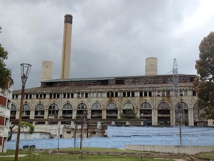 Planta eléctrica Tallapiedra. La Habana. Imagen tomada de Havana Retro Cuba.