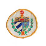 Monograma bordado con el escudo nacional