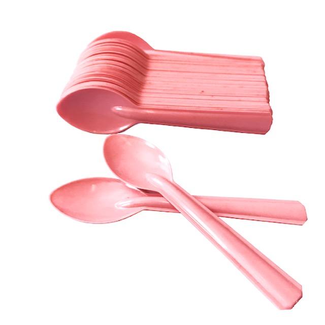 Cucharas plásticas